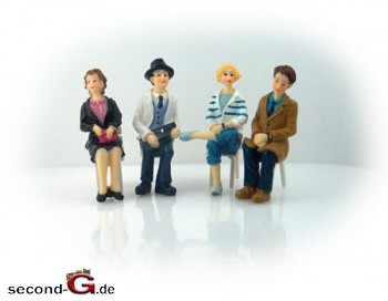 Massoth 9200003 - Faeber Handbemalte Figuren Spur G 2 Damen, 2 Herren, sitzend